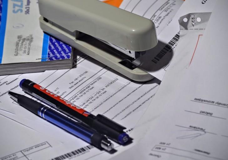 stapler-1016310_1280